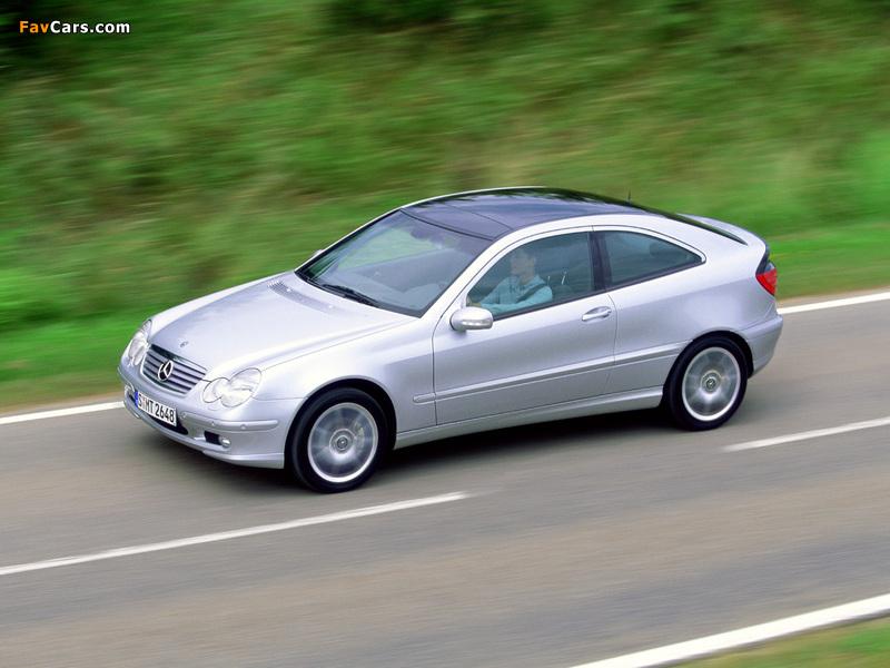 Pictures of Mercedes-Benz C 200 Kompressor Sportcoupe (C203) 2001–05 (800 x 600)