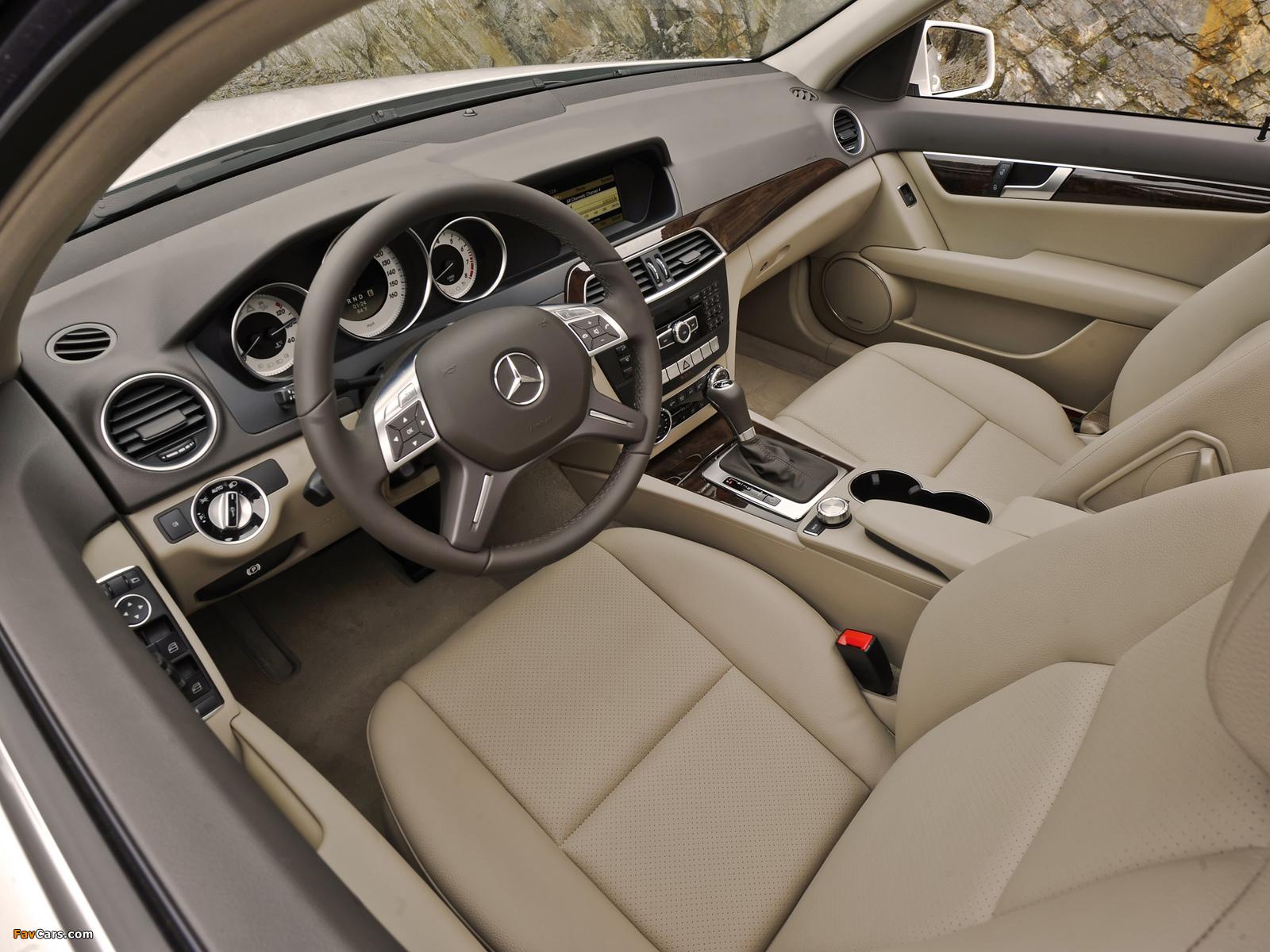 Pictures of Mercedes-Benz C 300 4MATIC US-spec (W204) 2011 (1600 x 1200)