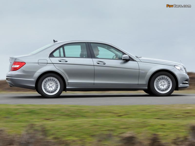 Pictures of Mercedes-Benz C 180 UK-spec (W204) 2011 (800 x 600)
