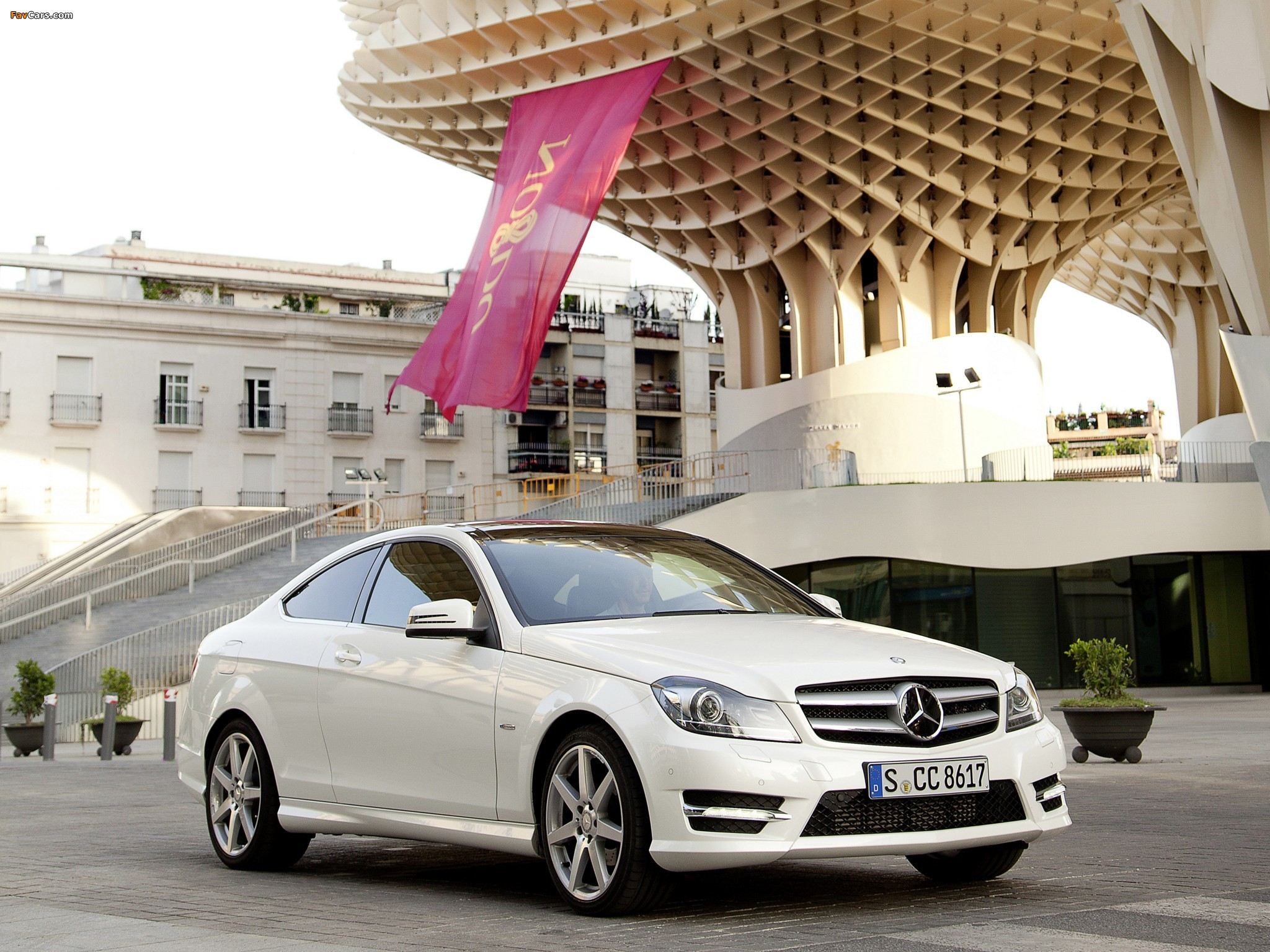 Pictures of Mercedes-Benz C 220 CDI Coupe (C204) 2011 (2048 x 1536)