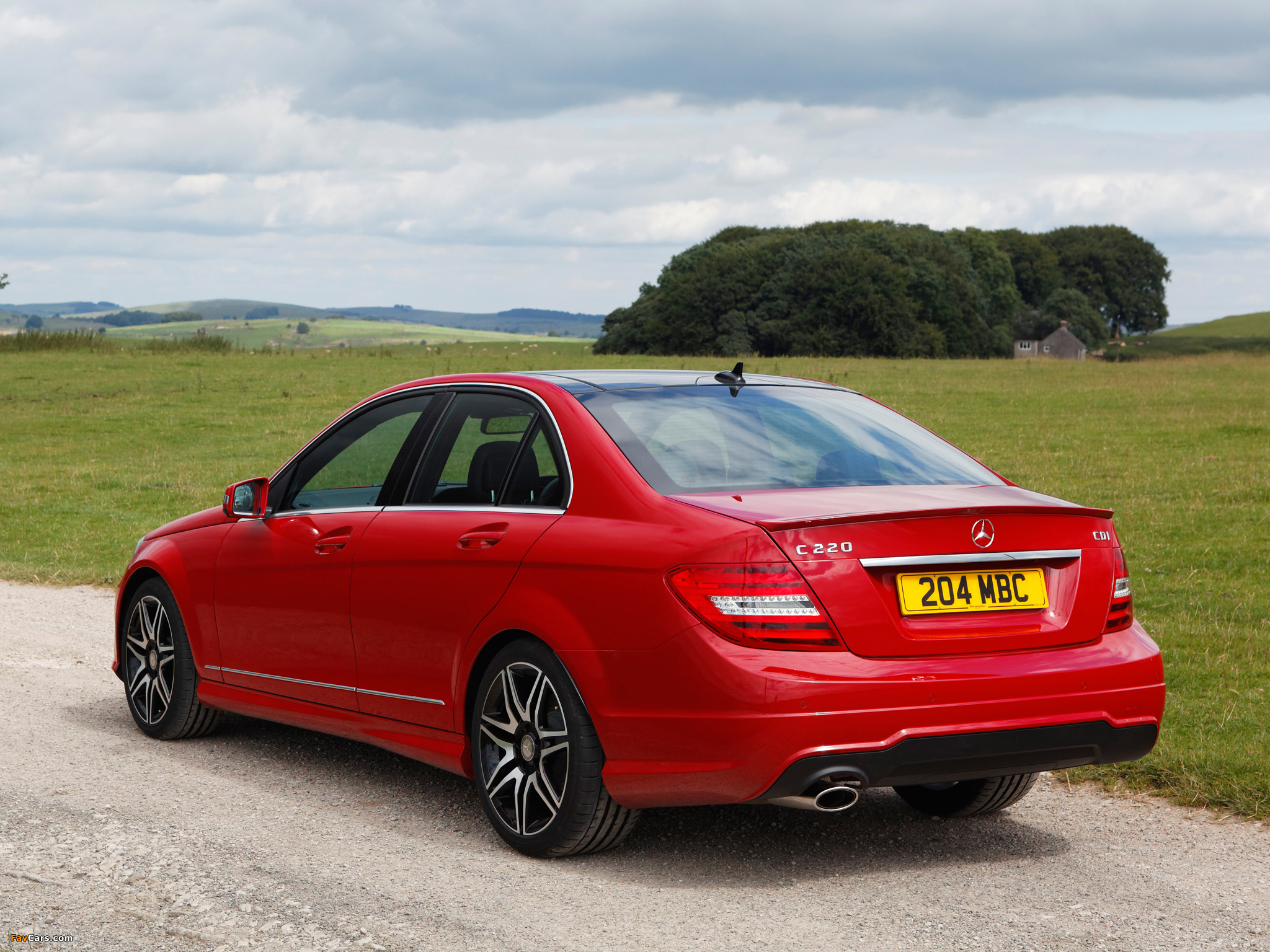 Pictures of Mercedes-Benz C 220 CDI AMG Sports Package UK-spec (W204) 2011 (2048 x 1536)