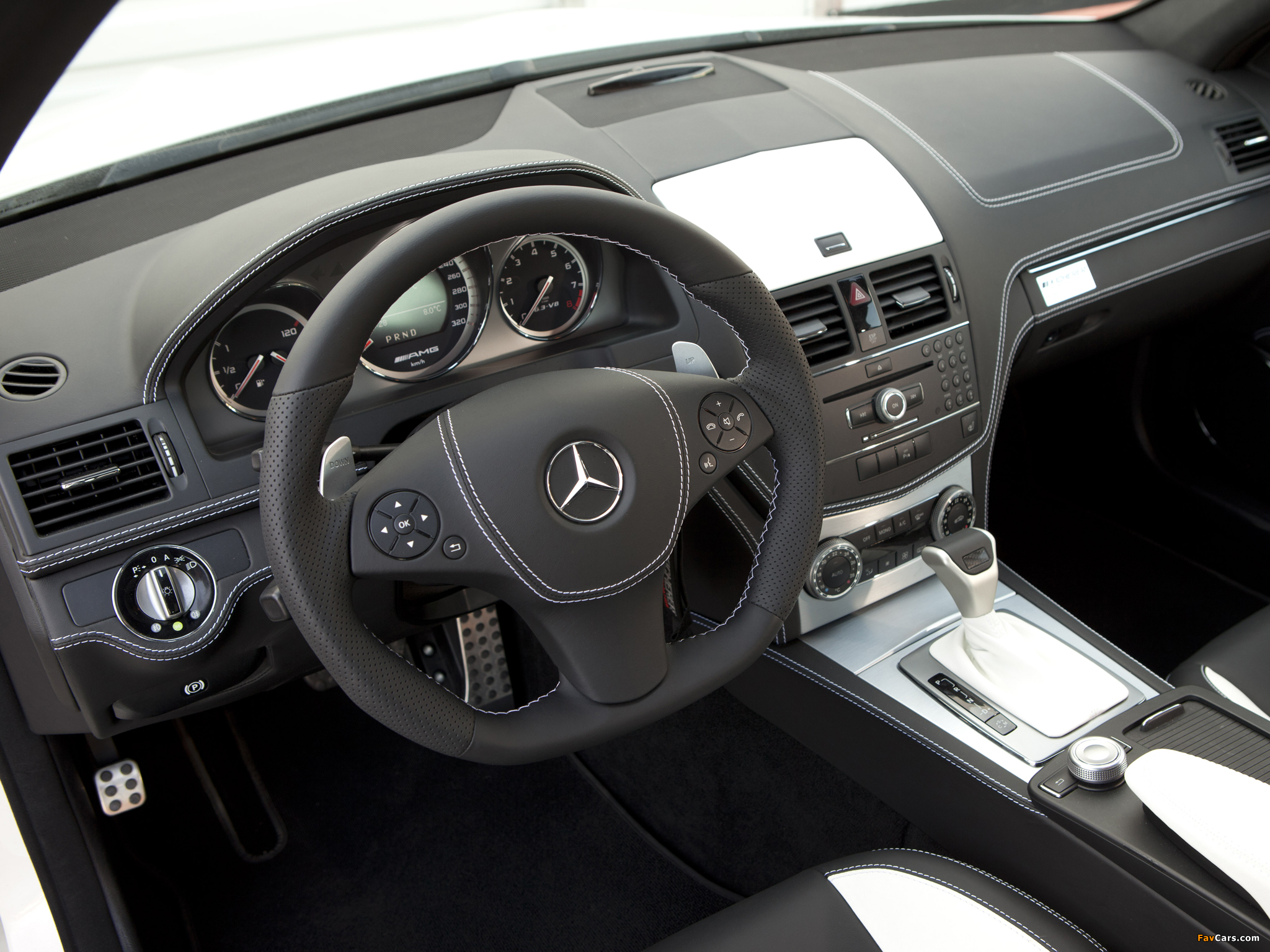Pictures of Kicherer C63 White Edition (W204) 2011 (2048 x 1536)