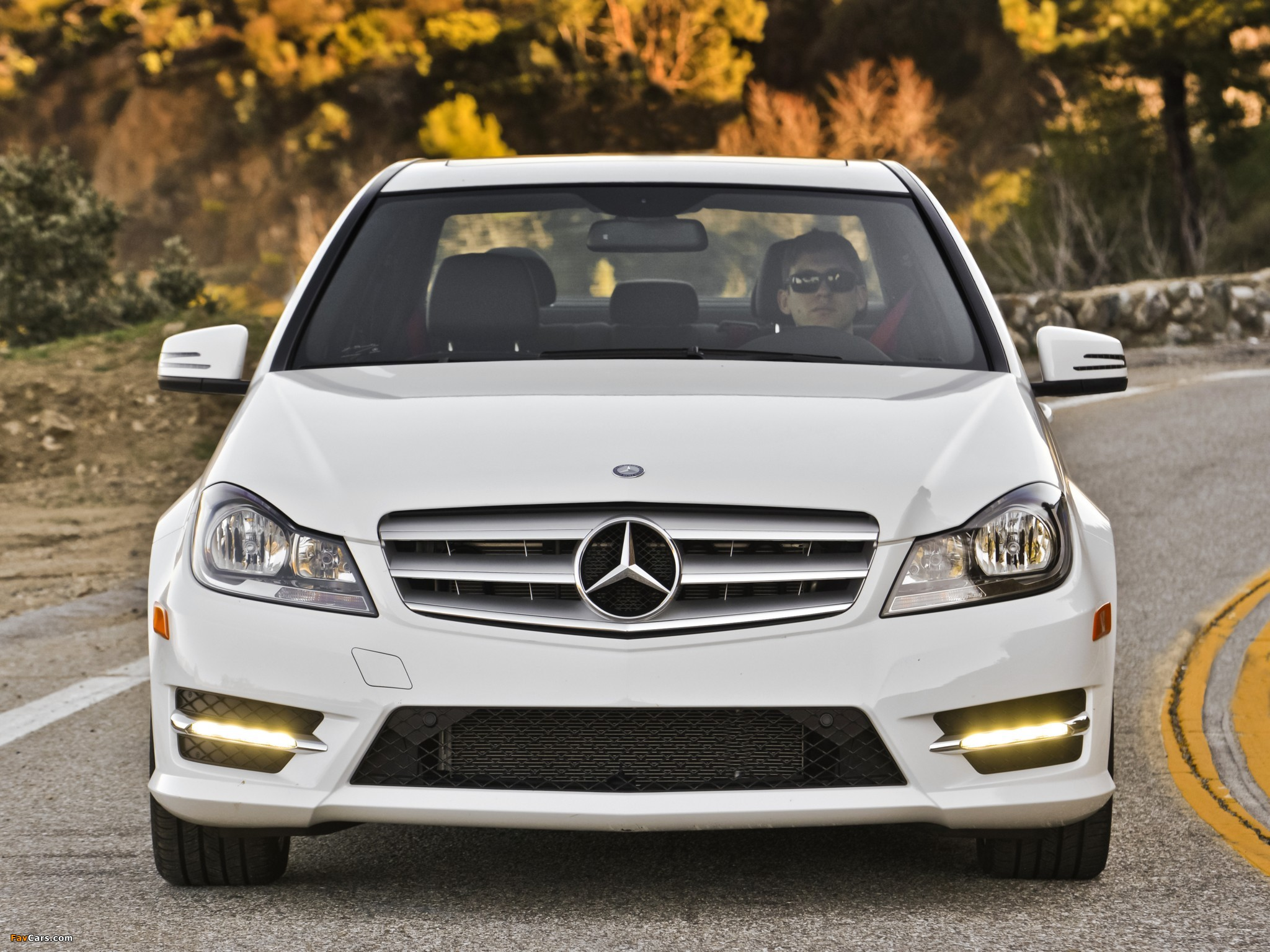 Pictures of Mercedes-Benz C 300 4MATIC AMG Sports Package US-spec (W204) 2011 (2048 x 1536)