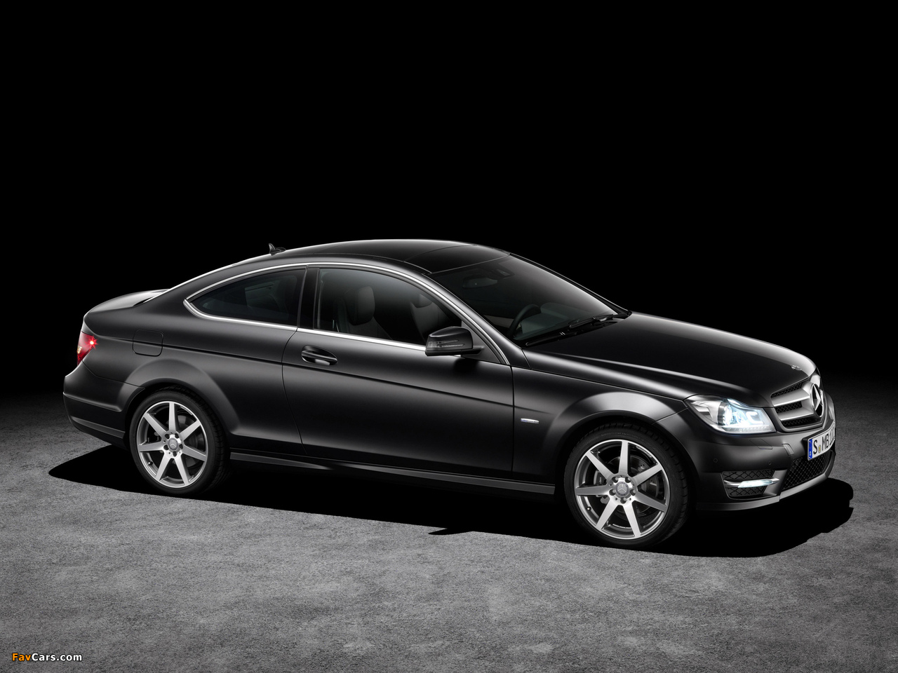 Pictures of Mercedes-Benz C 250 CDI Coupe (C204) 2011 (1280 x 960)