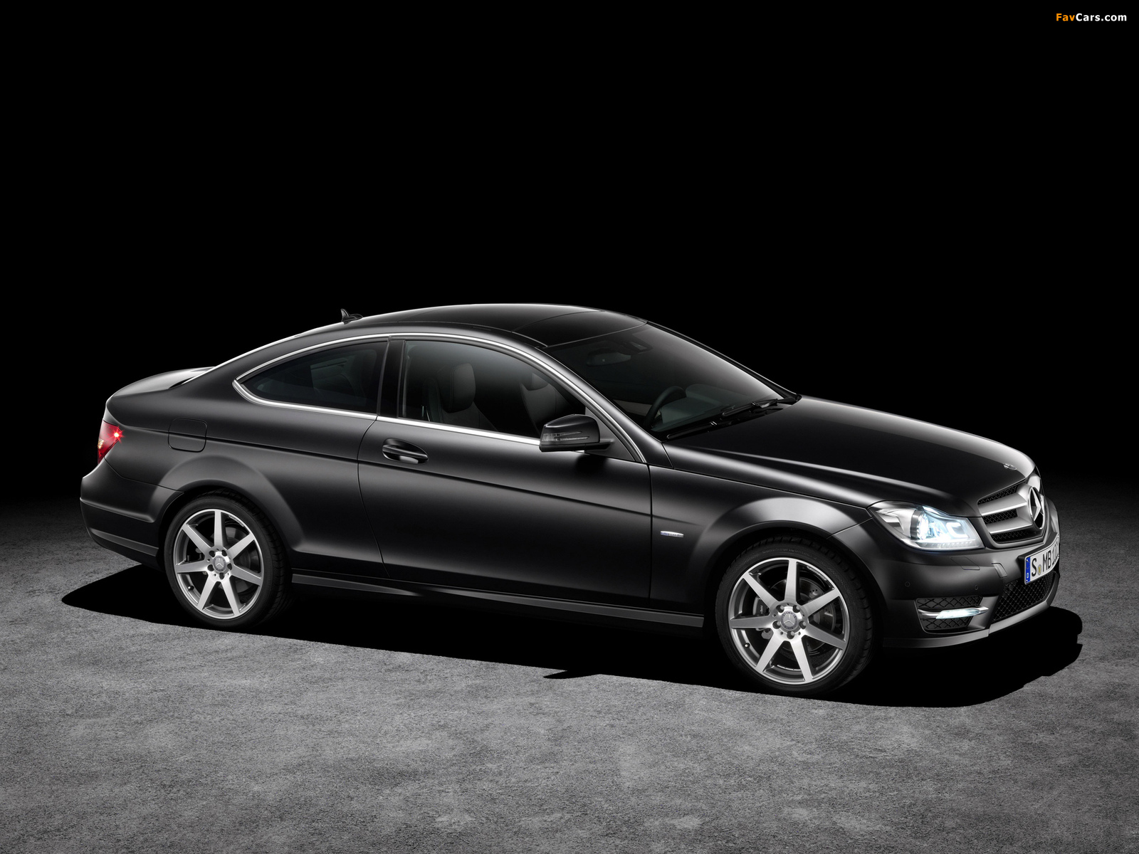 Pictures of Mercedes-Benz C 250 CDI Coupe (C204) 2011 (1600 x 1200)