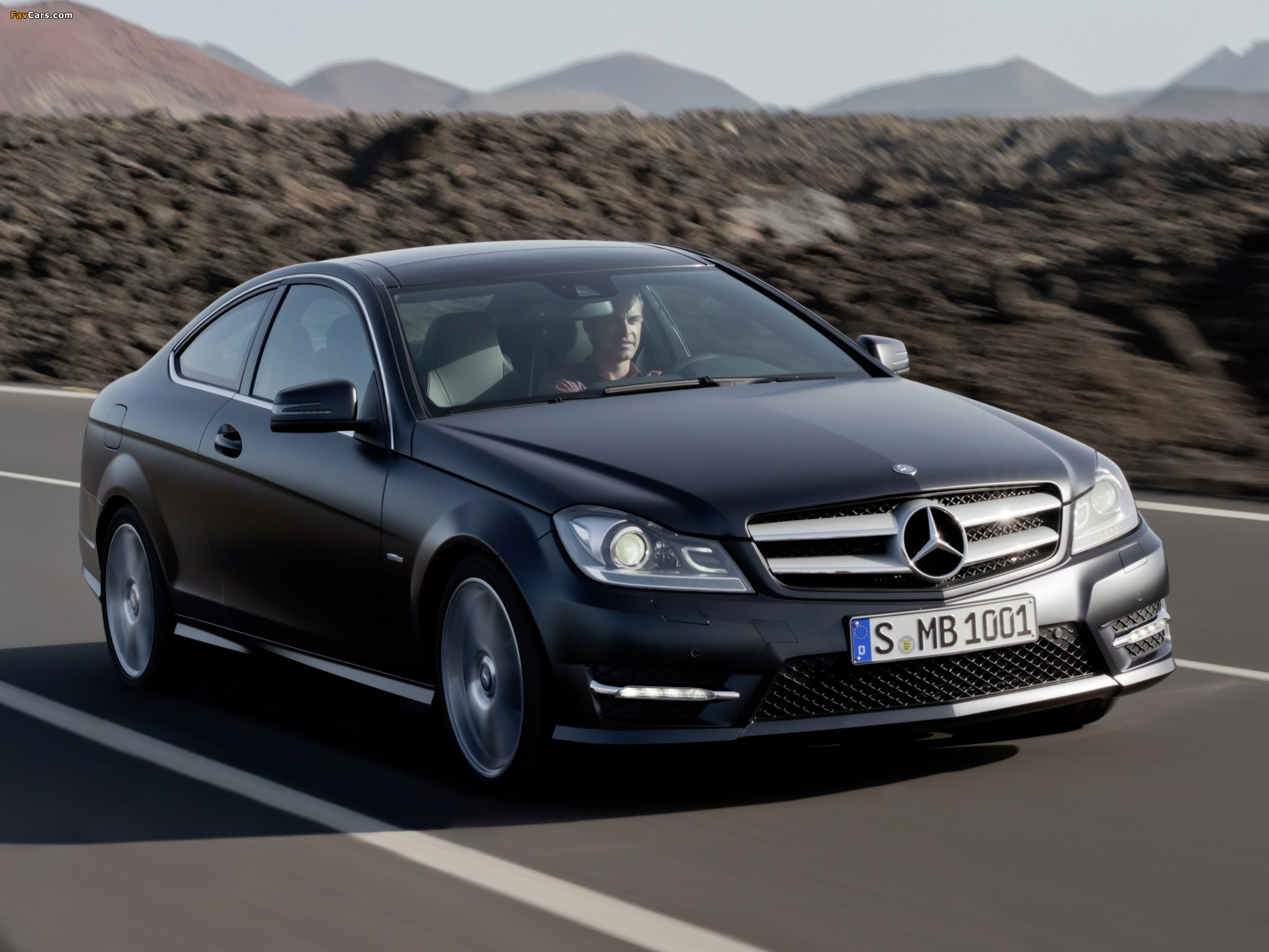 Pictures of Mercedes-Benz C 250 CDI Coupe (C204) 2011 (2048 x 1536)