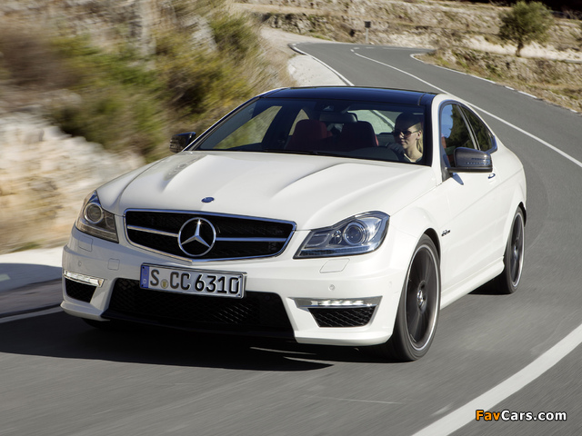 Mercedes-Benz C 63 AMG Coupe (C204) 2011 wallpapers (640 x 480)