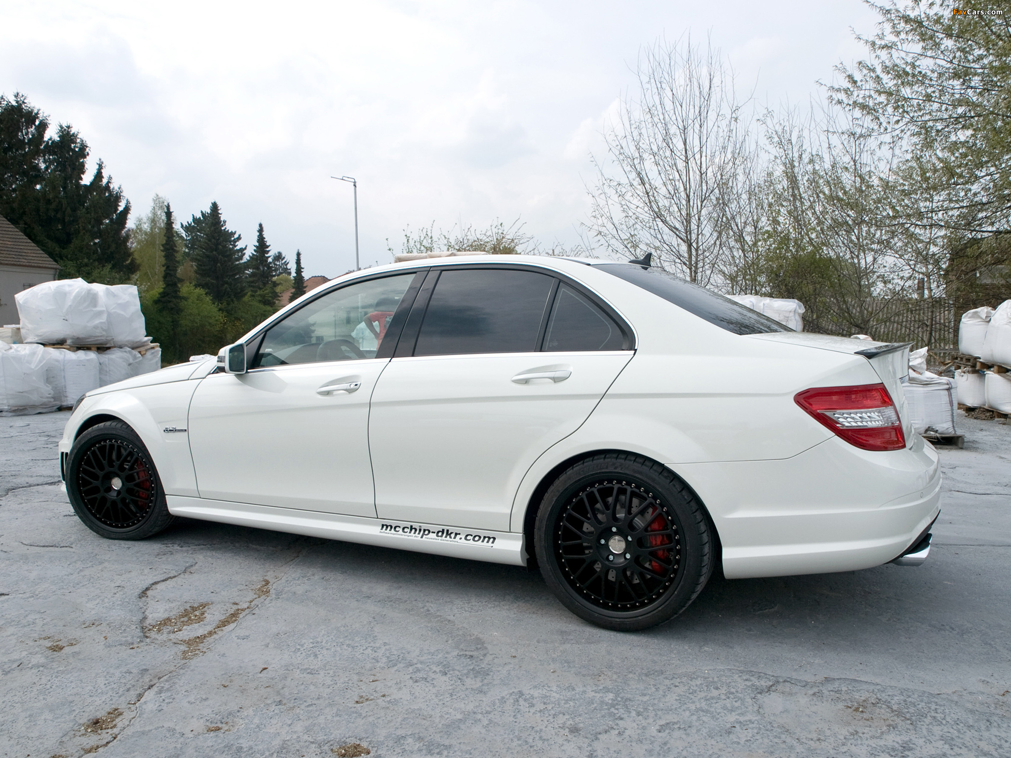 Kubatech mercedes benz c 63 amg w204 2011 wallpapers for Mercedes benz performance chips