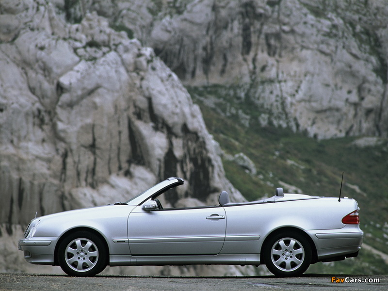 Images of Mercedes-Benz CLK 320 Cabrio (A208) 1998–2002 (800 x 600)
