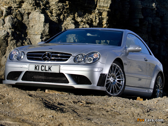 Images of Mercedes-Benz CLK 63 AMG Black Series UK-spec (C209) 2007–09 (640 x 480)