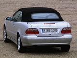 Mercedes-Benz CLK 320 Cabrio (A208) 1998–2002 wallpapers