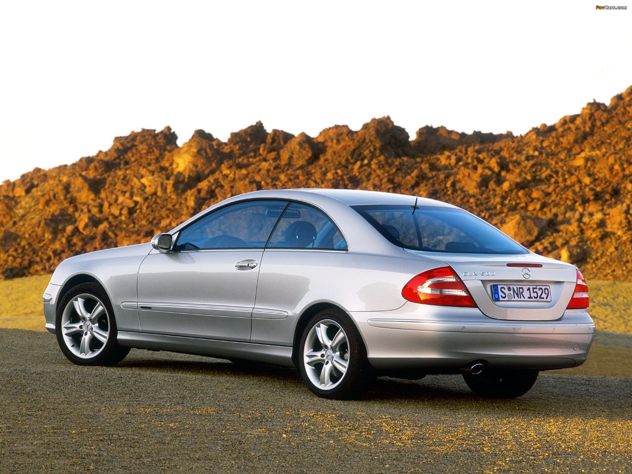 Mercedes-Benz CLK 500 (C209) 2002–05 pictures (2048 x 1536)