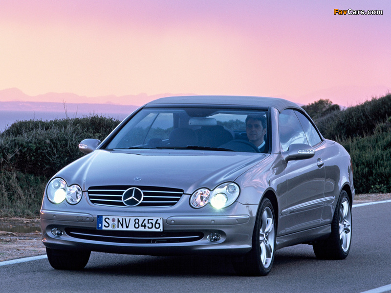 Mercedes-Benz CLK 500 Cabrio (A209) 2003–05 wallpapers (800 x 600)