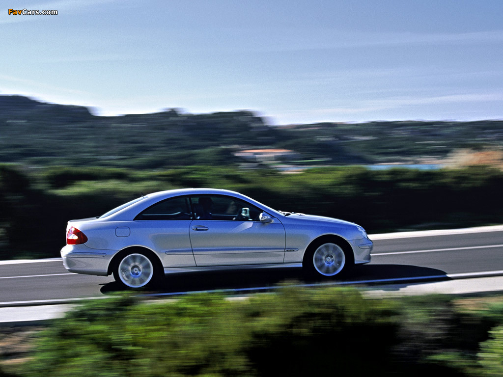 16 furthermore 21648903890 besides Images Mercedes Benz E 350 Cdi Coupe C207 2009 12 281480 additionally 2016 W213 Mercedes E Class Taillights Revealed Allegedly Adapt To Ambient Light 98314 together with 2. on mercedes benz c 350
