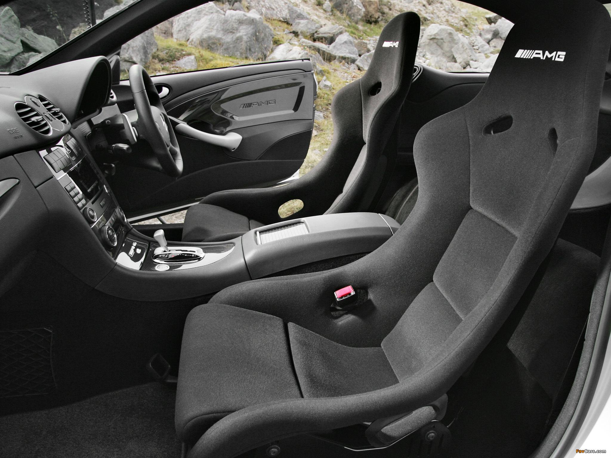 Mercedes-Benz CLK 63 AMG Black Series UK-spec (C209) 2007–09 pictures (2048 x 1536)