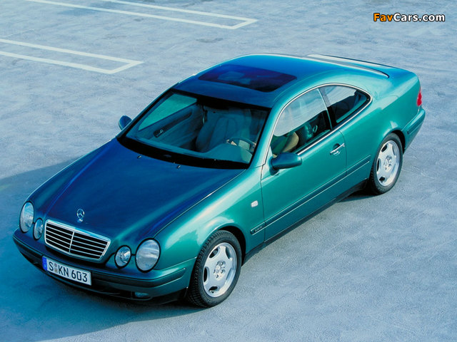 Photos of Mercedes-Benz CLK 320 (C208) 1997–2002 (640 x 480)