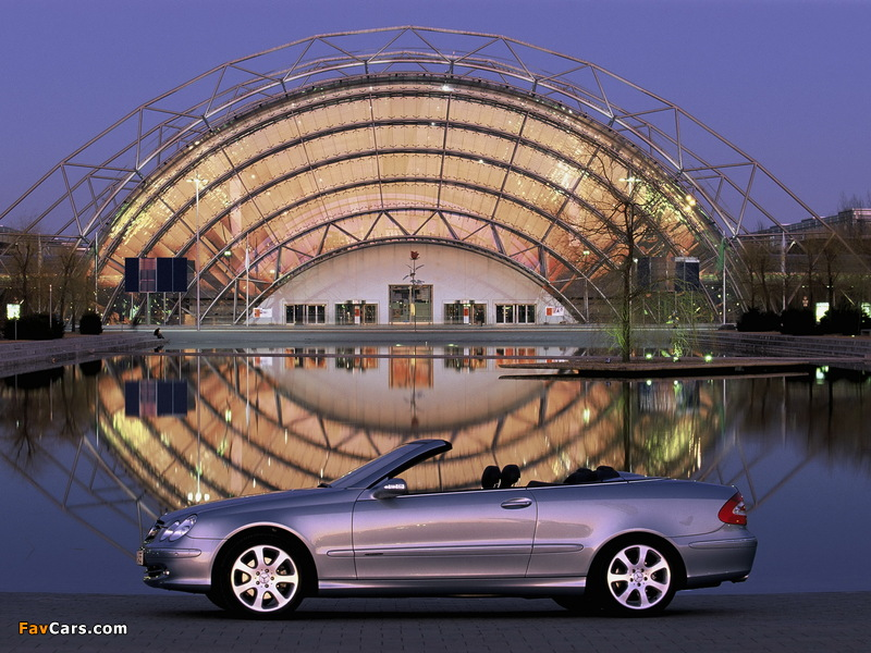 Photos of Mercedes-Benz CLK 240 Cabrio (A209) 2003–05 (800 x 600)
