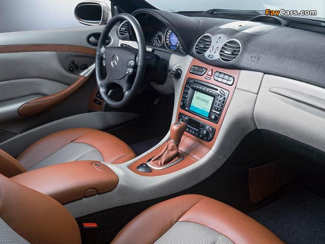 Photos of Mercedes-Benz CLK 500 Cabrio by Giorgio Armani (A209) 2004 (640 x 480)