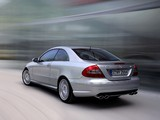 Photos of Mercedes-Benz CLK 55 AMG (C209) 2005–06