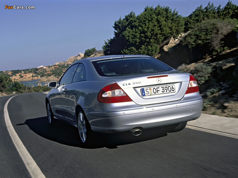 Photos of Mercedes-Benz CLK 350 (C209) 2005–09 (800 x 600)