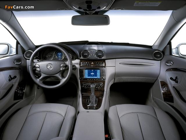 Photos of Mercedes-Benz CLK 350 (C209) 2005–09 (640 x 480)