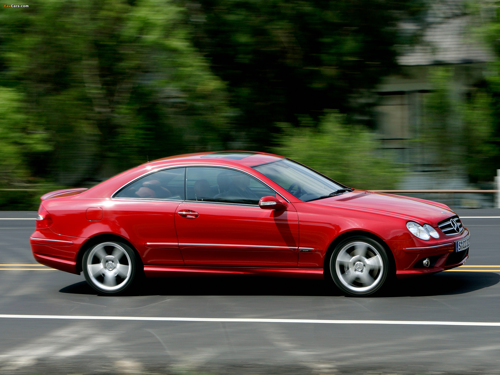 Photos of Mercedes-Benz CLK 320 CDI AMG Sports Package (C209) 2005–09 (2048 x 1536)