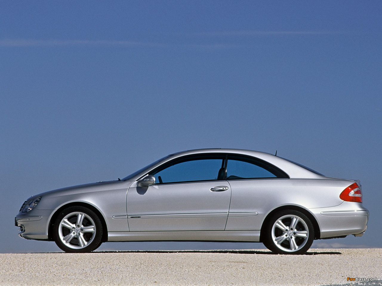 Mercedes-Benz CLK 500 (C209) 2002–05 wallpapers (1280 x 960)