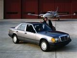 Mercedes-Benz 300 E US-spec (W124) 1985–92 wallpapers