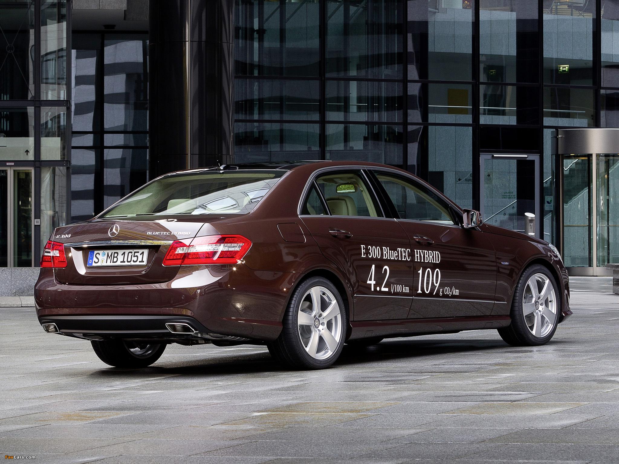 Заряжаемый гибрид Mercedes-Benz S550 Plug-In Hybrid ...