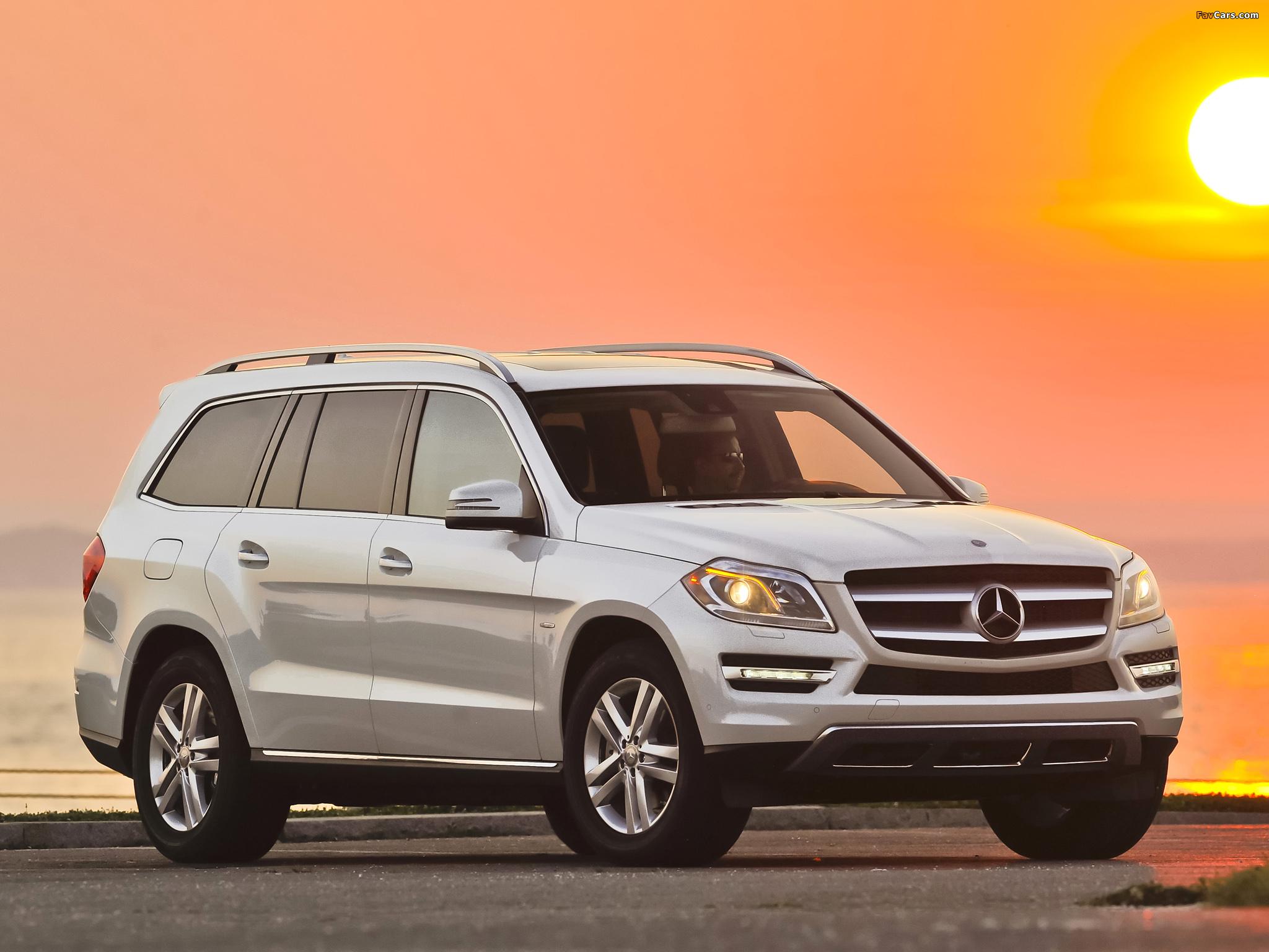 Mercedes benz gl 350 bluetec us spec x166 2012 images for Mercedes benz navigation free download