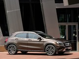 Images of Mercedes-Benz GLA 220 CDI 4MATIC (X156) 2014