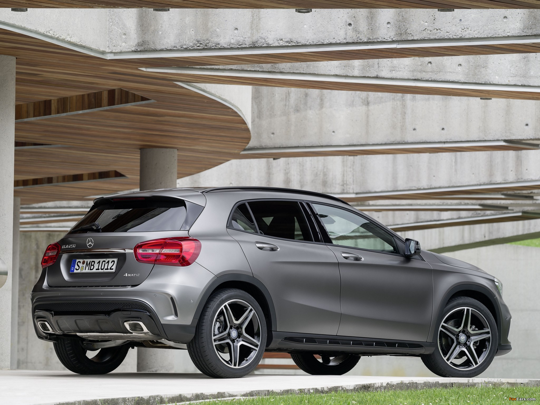 mercedes benz gla 250 4matic amg sport package x156 2014 wallpapers 2048x1536. Black Bedroom Furniture Sets. Home Design Ideas