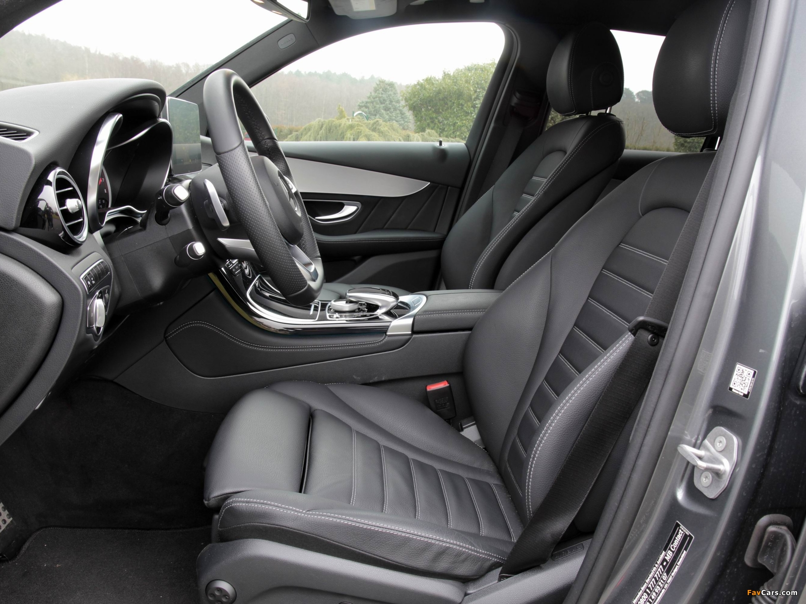 Mercedes-Benz GLC 250 4MATIC AMG Line (X253) 2015 pictures (1600 x 1200)