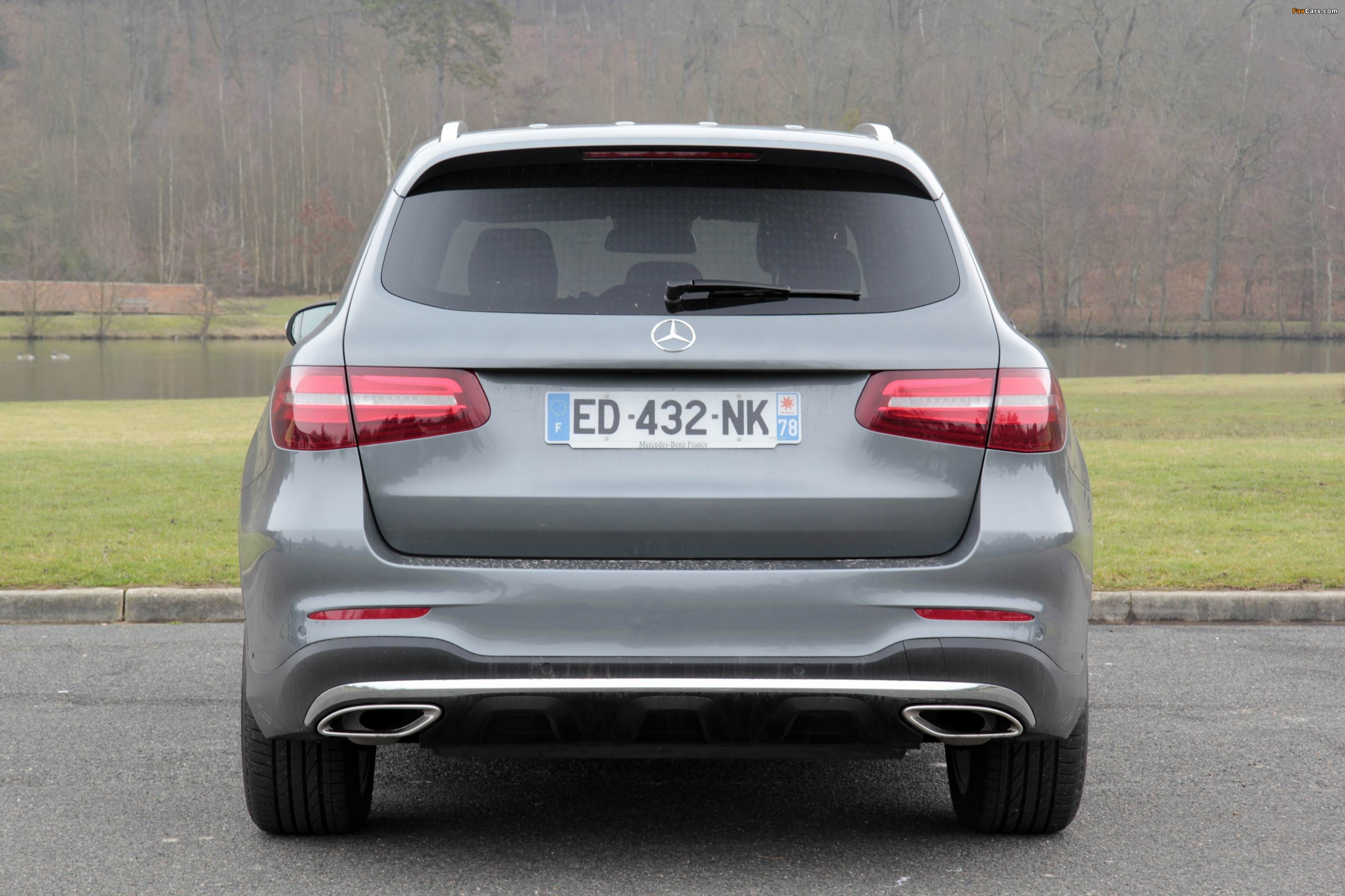 Mercedes-Benz GLC 250 4MATIC AMG Line (X253) 2015 pictures (3000 x 2000)