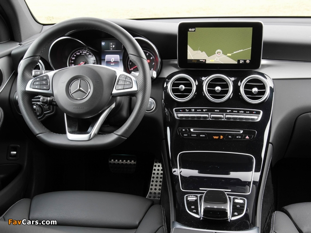 Pictures of Mercedes-Benz GLC 250 4MATIC AMG Line (X253) 2015 (640 x 480)