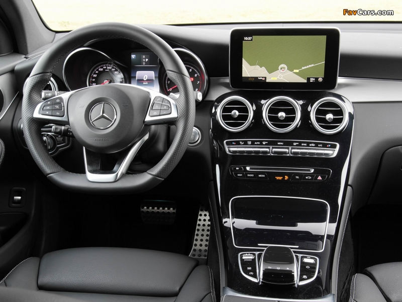 Pictures of Mercedes-Benz GLC 250 4MATIC AMG Line (X253) 2015 (800 x 600)