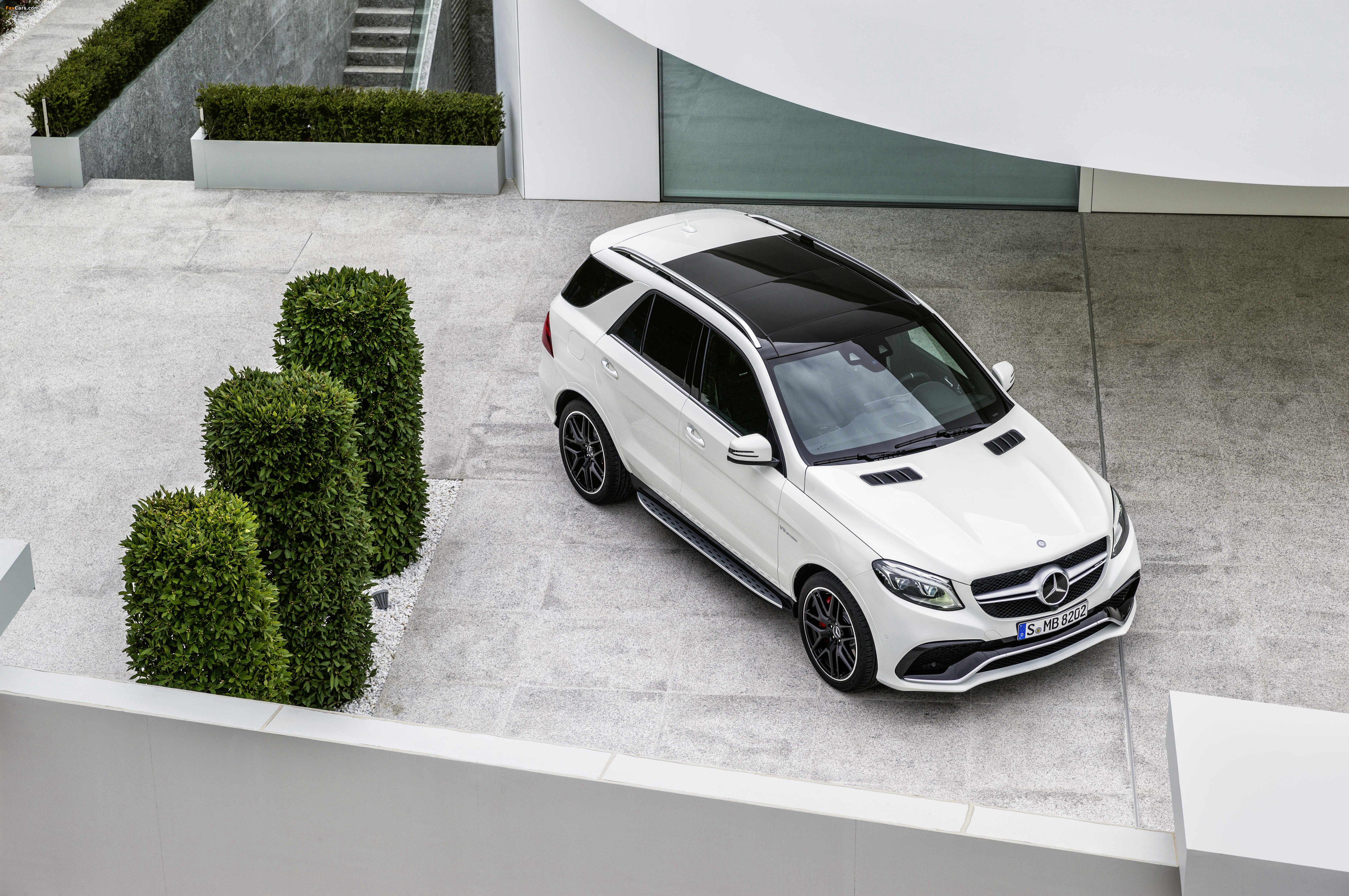 Mercedes-AMG GLE 63 S 4MATIC (W166) 2015 pictures (4096 x 2722)