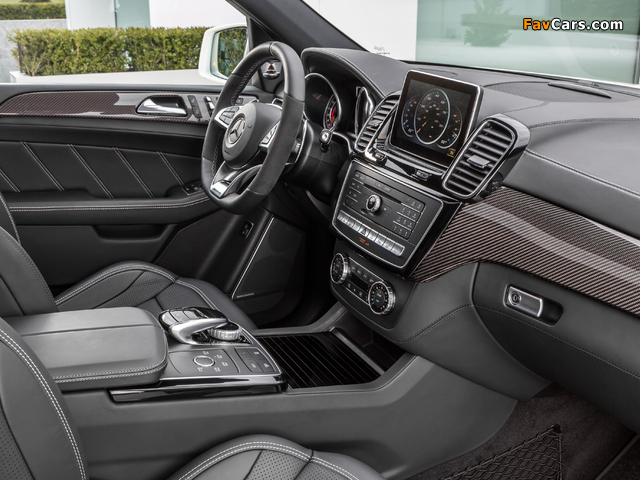 Photos of Mercedes-AMG GLE 63 S 4MATIC (W166) 2015 (640 x 480)