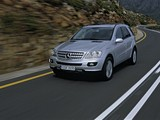 Images of Mercedes-Benz ML 350 (W164) 2005–08