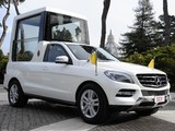 Mercedes-Benz M-Klasse Popemobile (W166) 2012 pictures