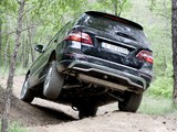 Pictures of Mercedes-Benz ML 350 BlueEfficiency (W166) 2011