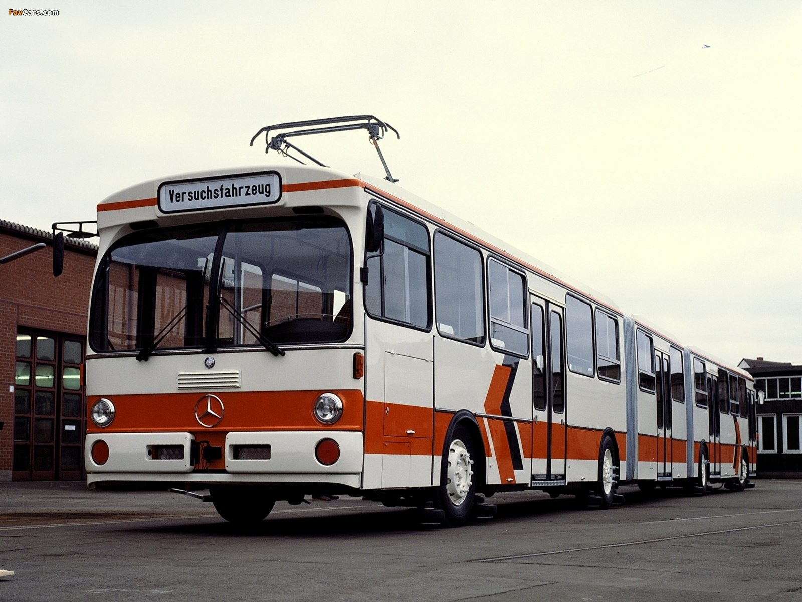 Images Of Mercedes Benz O305GG Trolley Bus 1981 1600x1200