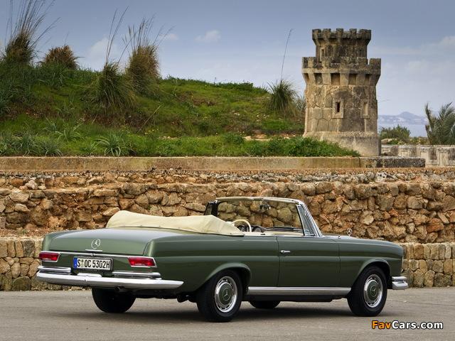 Images of Mercedes-Benz 220 SE Cabriolet (W111) 1961–65 (640 x 480)