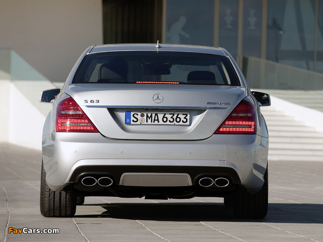 Images of Mercedes-Benz S 63 AMG (W221) 2009–10 (640 x 480)