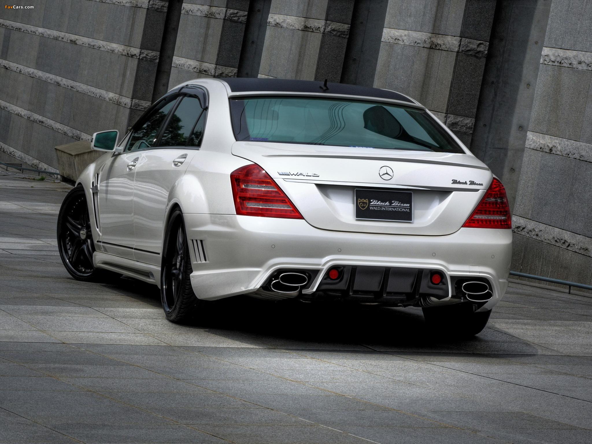 Images of WALD Mercedes-Benz S-Klasse Black Bison Edition Sports Line (W221) 2010–13 (2048 x 1536)