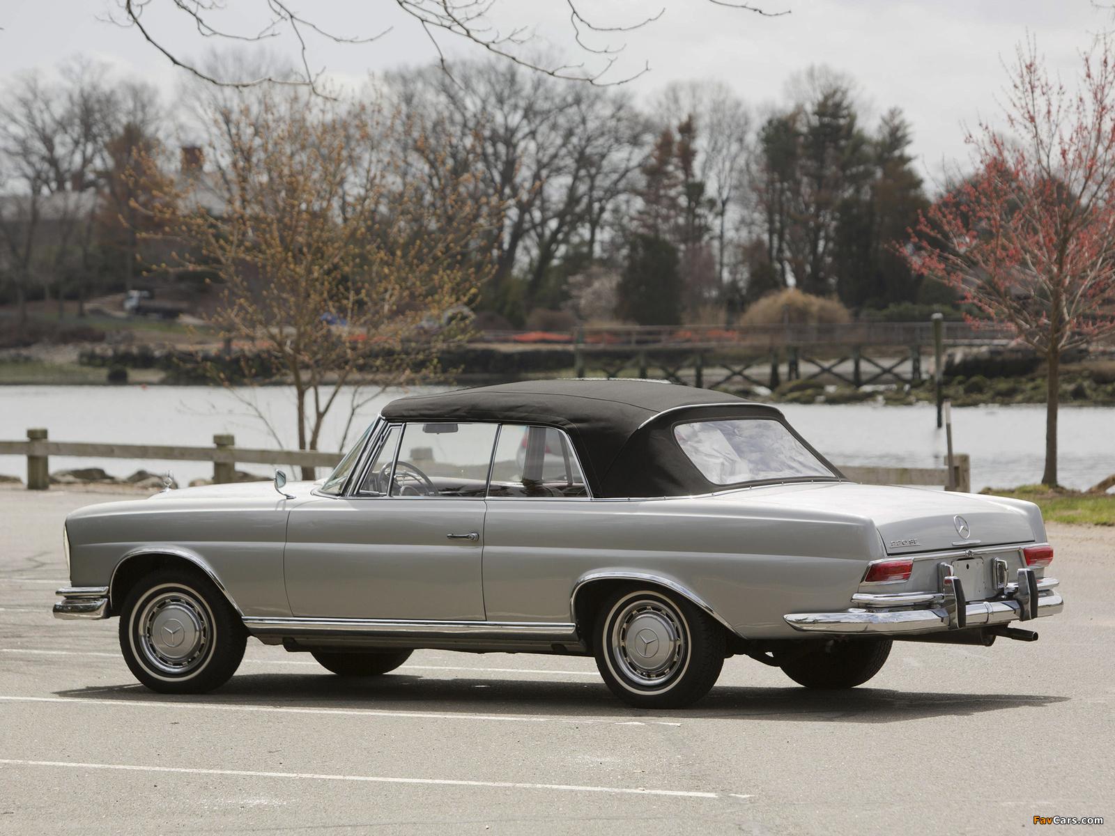 Mercedes-Benz 220 SE Cabriolet US-spec (W111) 1961–65 pictures (1600 x 1200)