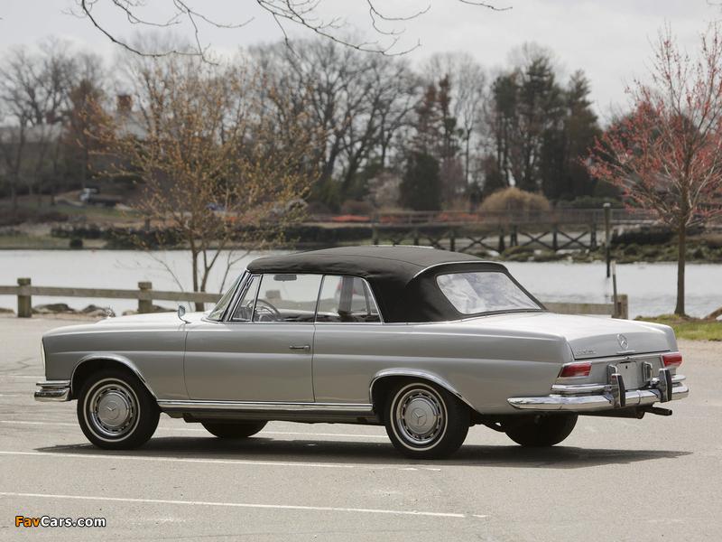 Mercedes-Benz 220 SE Cabriolet US-spec (W111) 1961–65 pictures (800 x 600)