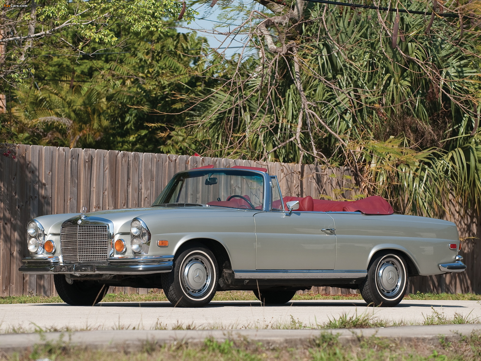 mercedes benz 280 se 3 5 cabriolet us spec w111 1969 71 wallpapers 2048x1536. Black Bedroom Furniture Sets. Home Design Ideas