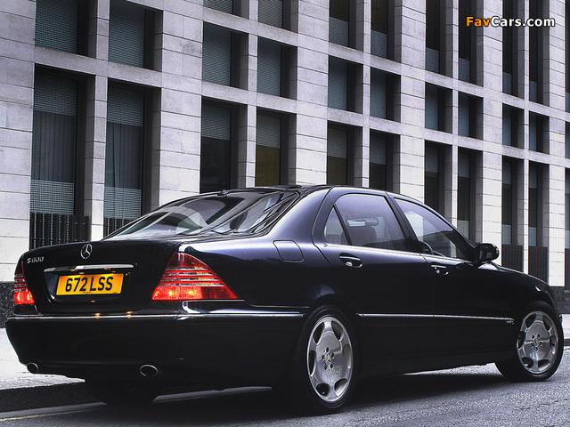 Mercedes-Benz S 600 UK-spec (W220) 2002–05 photos (640 x 480)