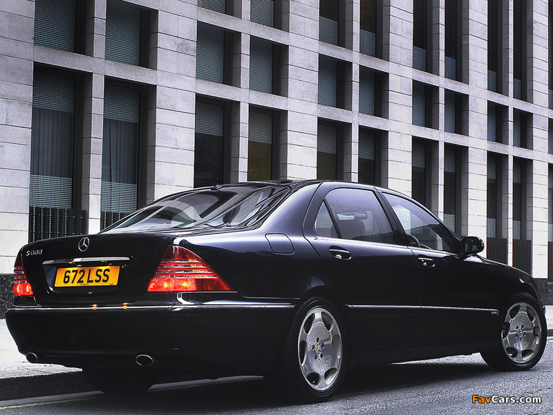 Mercedes-Benz S 600 UK-spec (W220) 2002–05 photos (800 x 600)